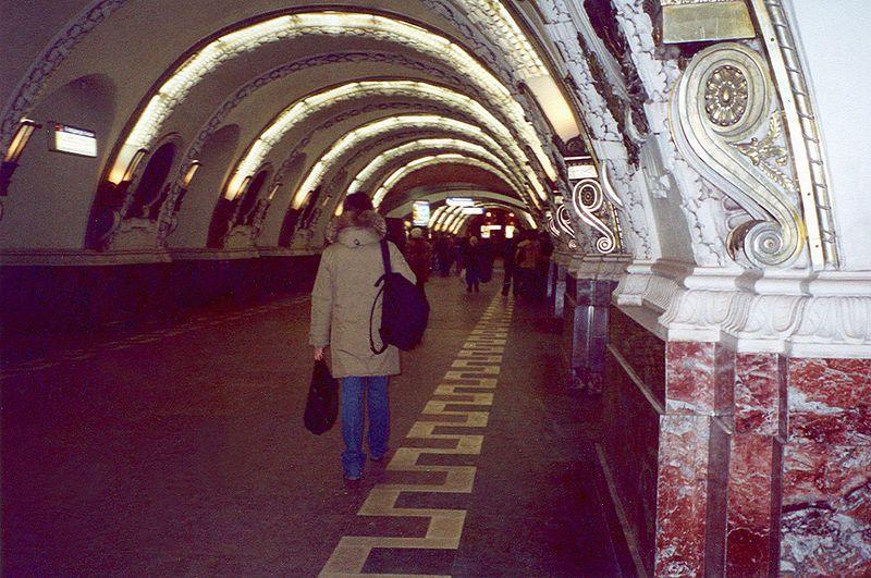prostitutki-metro-mayakovskaya