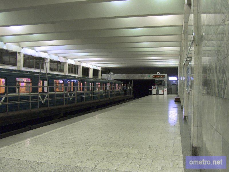 адрес станция метро рыбацкое